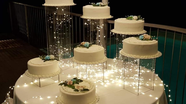 Anche la torta nuziale ha un proprio allestimento !